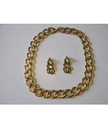 Classic Look Retro / Vintage Monet Gold Toned C... - $15.00