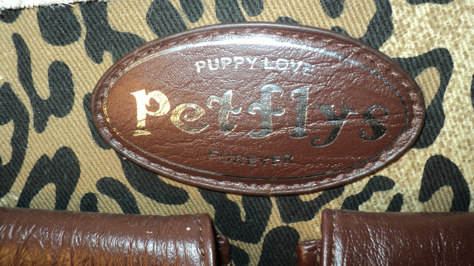 PETFLYS- SHERPA LINED SMALL PET CARRIER