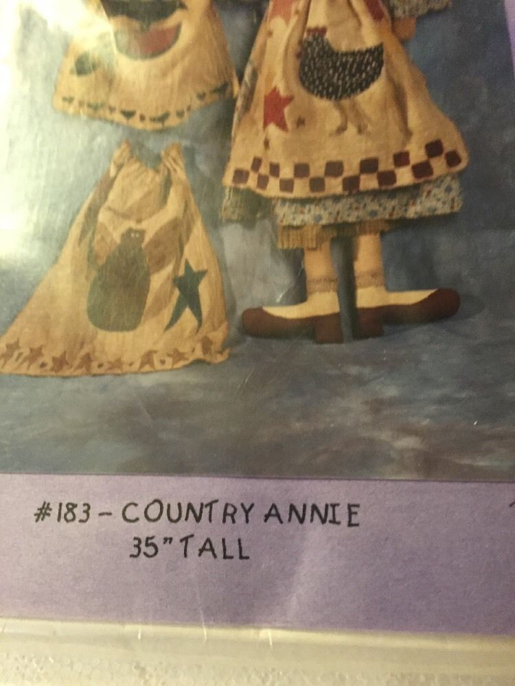 Blueberry Picnic INC #183 Country Annie