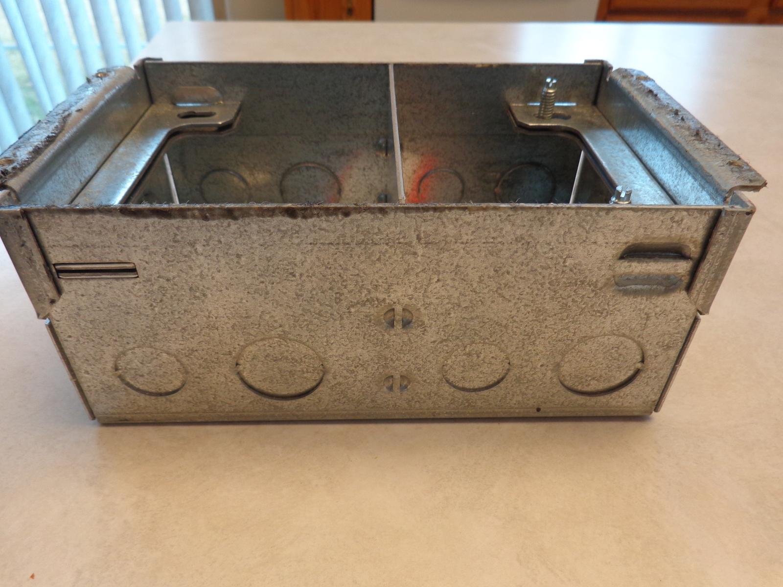 USED OMNIBOX MODEL (#880W2) 2 –GANG FLOOR BOX (#2154)