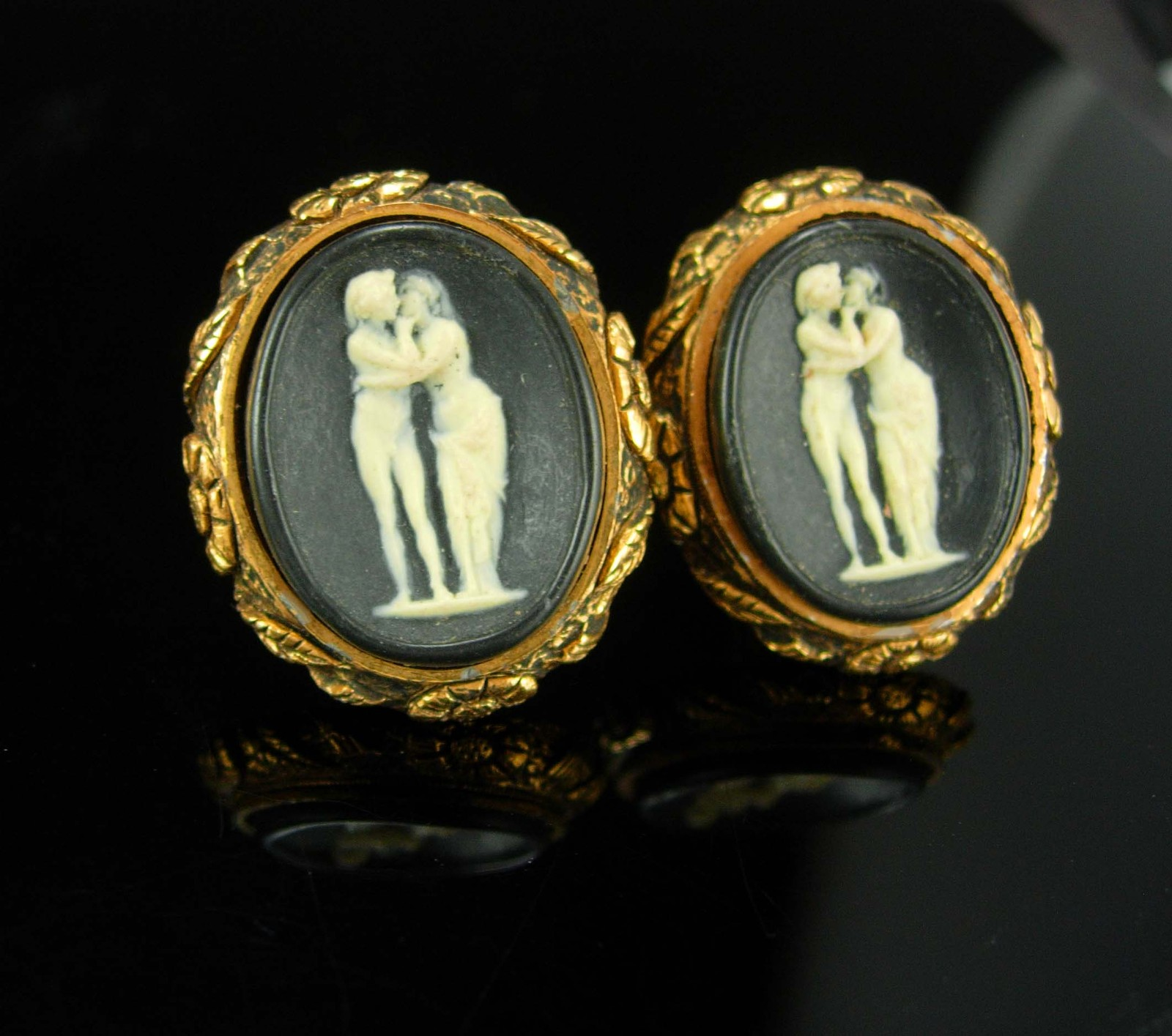 The KISS Cufflinks Nude Goddesses Vintage 3 Graces Greek Mythology Mens gold Inc
