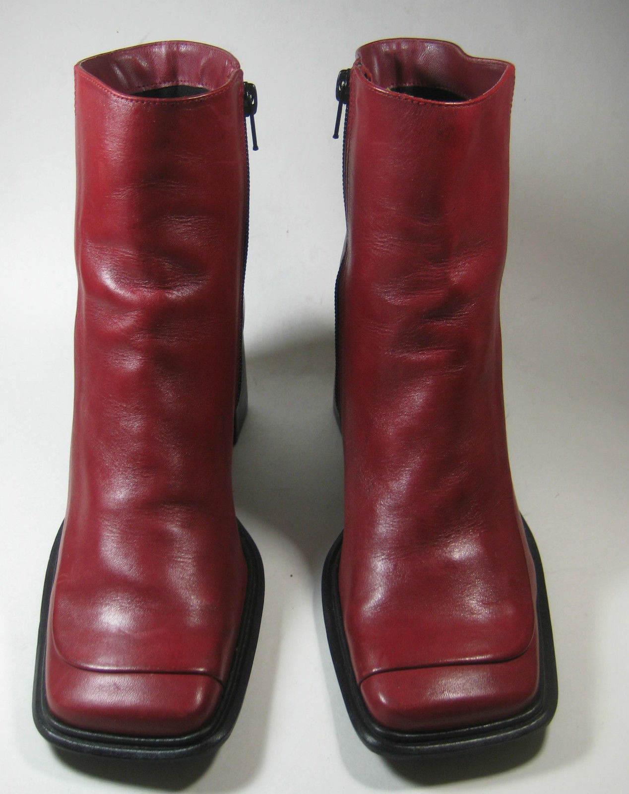 DIBA 7.5M Rich Red Leather Sleek Boots RARE Strong Excellent