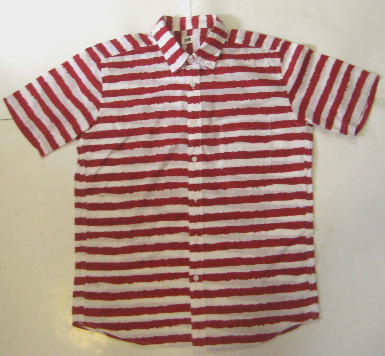 UNIQLO Md Rich Red Stripe Paint Short Sleeve Button Front Shirt RARE
