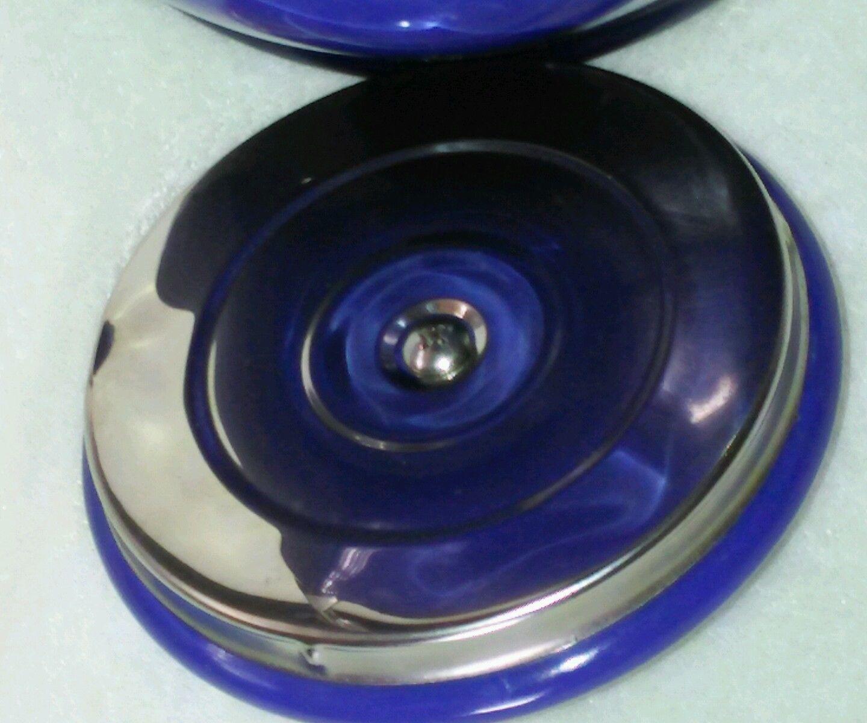 Le Creuset Whistling Tea Kettle 1.25 Quart Blue Tea Pot Never Used Cobalt Blue