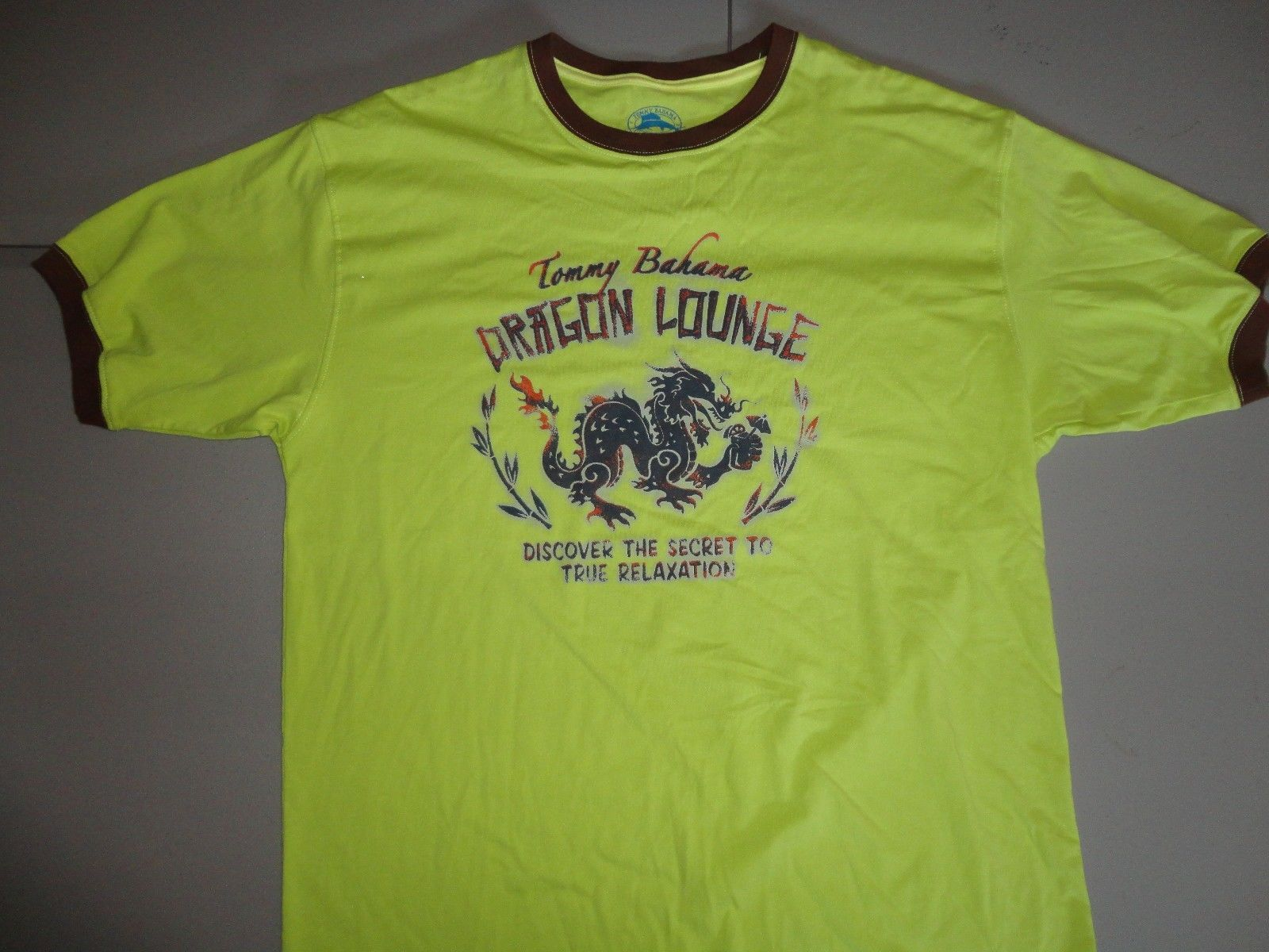 Lime Tommy Bahama Dragon Lounge Ringer t shirt Tag M (Fits Like L) Excellent
