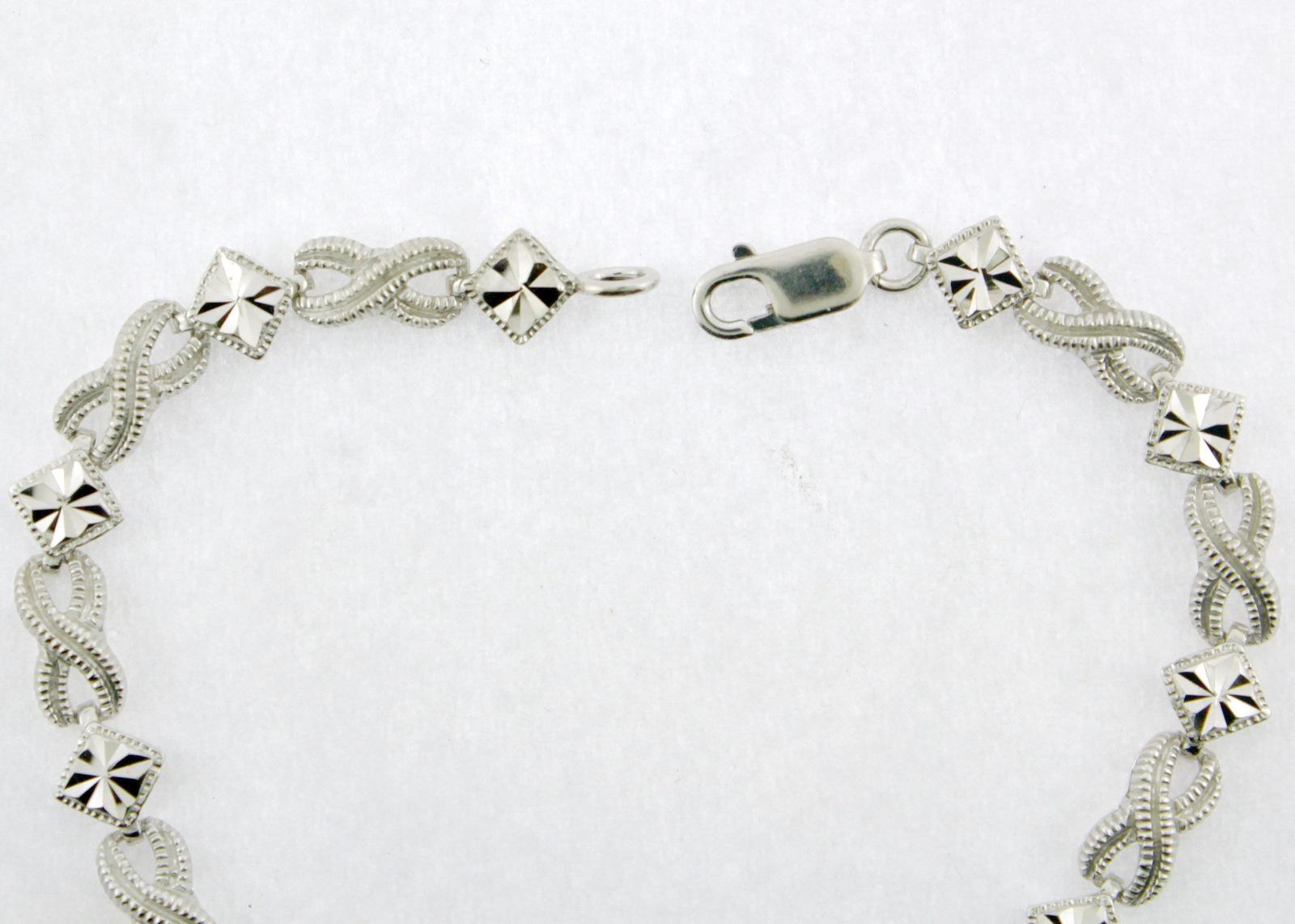 "10k White Gold Diamond-Cut and Milgrain Accented ""XO"" Link Bracelet 7.0"""