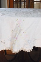 "Vintage Hand Embroidered & Crocheted Inserts Cotton Tablecloth - 64"" Round - $74.24"