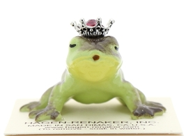 Hagen-Renaker Miniature Frog Prince Kissing Birthstone 01 January Garnet image 1