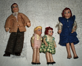 Doll House Family - Family of four  (Vintage) - $19.90