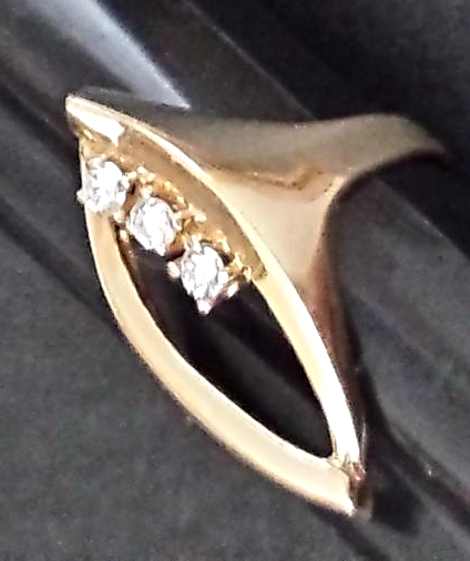 FASHIONABLE DIAMOND & GOLD RING ◇FLOATING STONES◇ (.23CTw) 14K Y.GOLD size 7