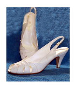 Red Cross shoes white leather 10 M vintage 70s - $28.50