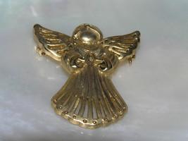 Vintage Small Danecraft Marked Brushed Goldtone Praying ANGEL Pin Brooch... - $7.69