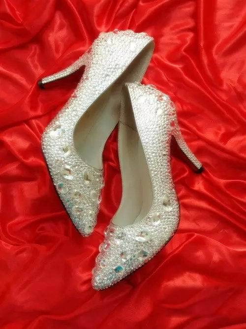 Primary image for kitten heels wedding shoes low bridal pointed toe heels clean gems rhinestone