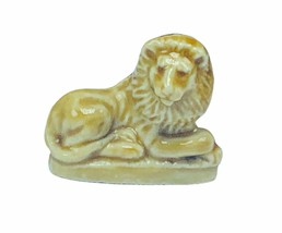 Wade Figurine England whimsies whimsy Red Rose tea miniature King Lion v... - $14.46