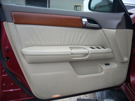 2007 INFINITI M35 LEFT FRONT DOOR TRIM PANEL