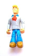"""2007 Thinkway Toys Scooby-Doo Fred 5"""" Action Figure - $4.99"""