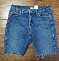 Women's Levi's Cutoff Jean Shorts Size: 6 (Inventory w40) - $9.89
