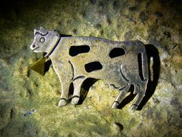 EGYPTIAN GODDESS HATHOR GREAT PROVIDER Sterling Sacred Cow Brooch izida ... - $303.00
