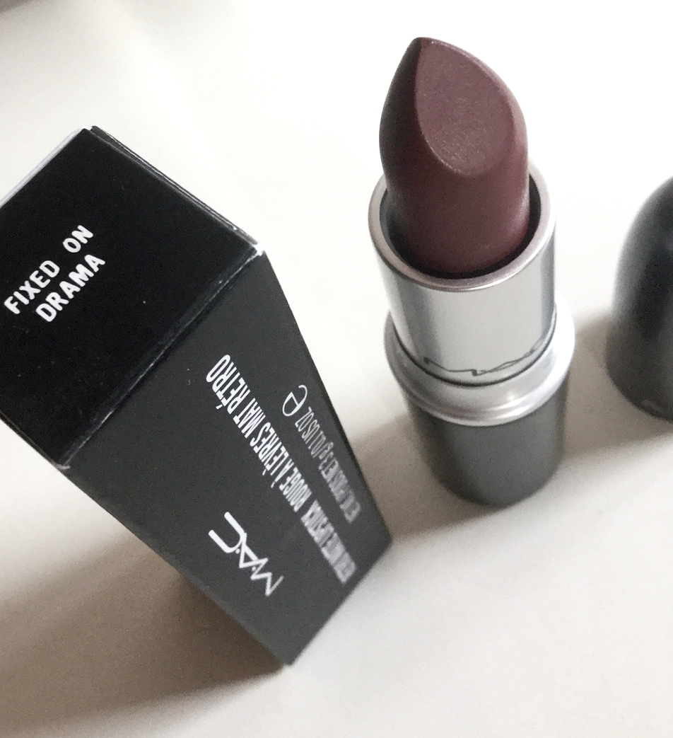 mac fixed on drama lipstick - photo #30