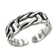 925 Sterling Silver Celtic Sea Knot Toe Ring - $13.99