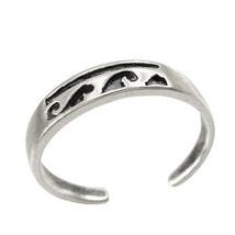 925 Sterling Silver Ocean Waves Toe Ring - $12.99