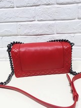 AUTHENTIC CHANEL RED SMOOTH CALFSKIN REVERSO MEDIUM BOY FLAP BAG RHW image 3