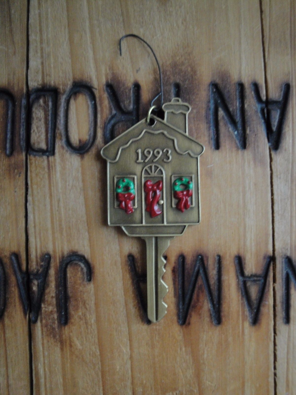 Vtg Hallmark Keepsake 1993 New Home Key Ornament Christmas House Keys Tree