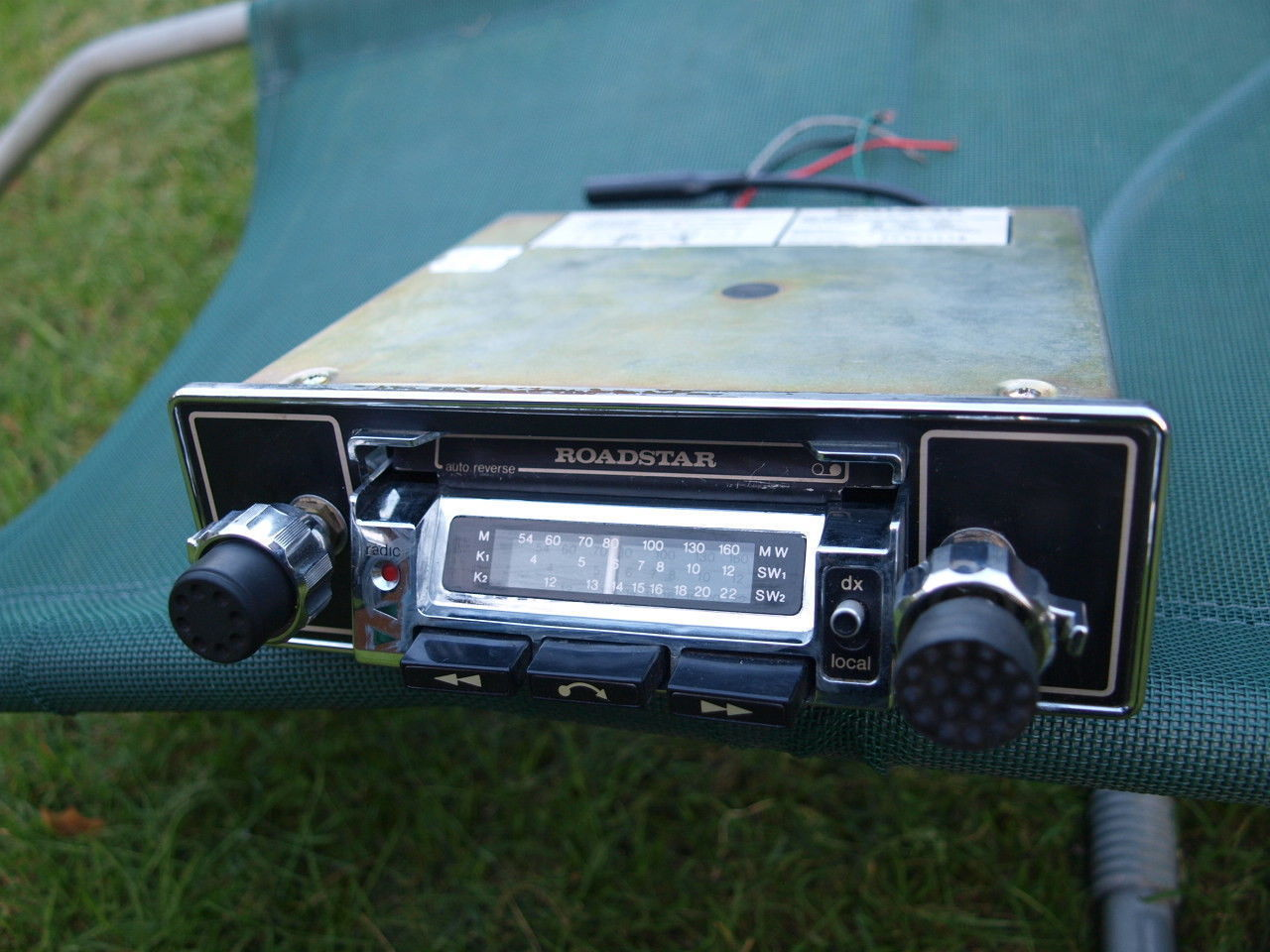 Primary image for DELUXE ROADSTAR RS-2800 AM SW1 SW2 CAR CASSETTE RADIO TESTED  OLDTIMER HOT ROD