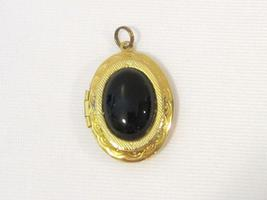 Vintage jewelry Gold-Tone Black Stone Locket pendant - $12.00