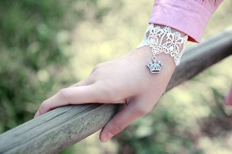 Primary image for White Lace Bracelet with Cute Silver Rhinestones Crown Pendant