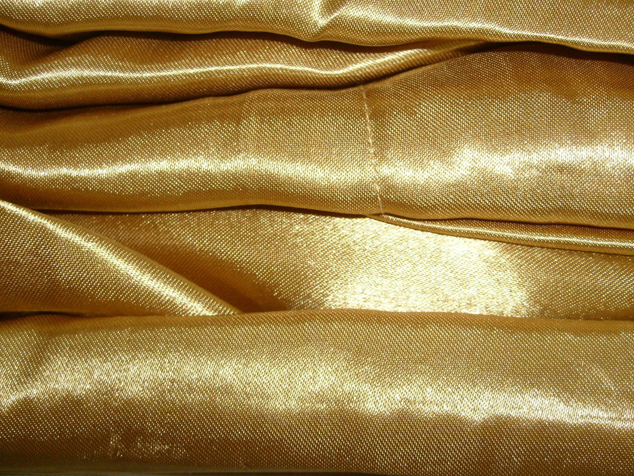 "Luxury Soft ""Silk"" / ""Silky"" 4 Pc. QUEEN Size Bed Satin Sheet Set - Gold Color"