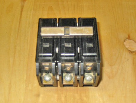TAYLOR ELECTRIC 15 AMP 3 POLE 'TYPE CGQ' BOLT-ON CIRCUIT BREAKER ~ VERY RARE!