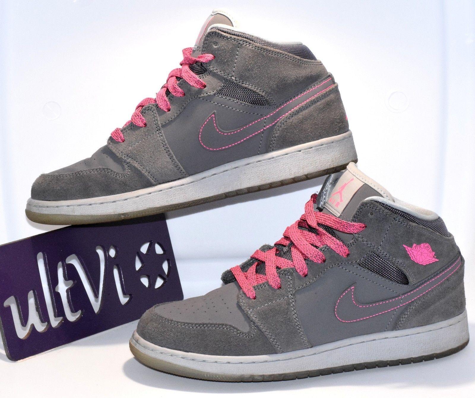 d791b57d7608 Nike size 7 youth   9 women Air Jordan 1 mid and 50 similar items