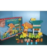 Vtg. Fisher Price Little People #942 Lift and Load Depot COMPLETE w/BOX! - $120.00