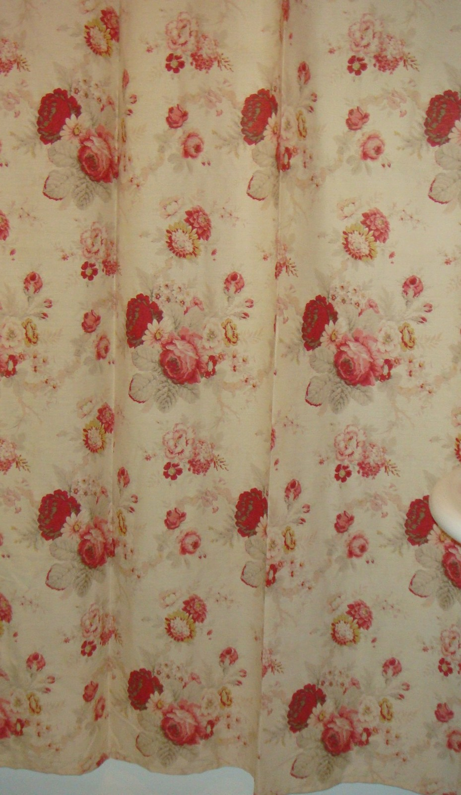 Beige Red Pink Floral Fabric Shower Curtain Ex Cell Home Norfolk Rose Nwop Shower Curtains
