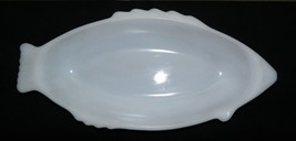 Vintage GlasBake Milk Glass Fish Platter/Bowl #4141 - $13.98