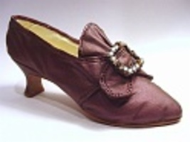 Martha Washington Dress Shoe From the Mount Vernon Collection Just the R... - $24.99