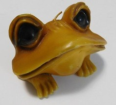 Vintage 1970s Yellow Frog with Big Eyes Wax Candle ~ Unused and Very Gro... - $32.62