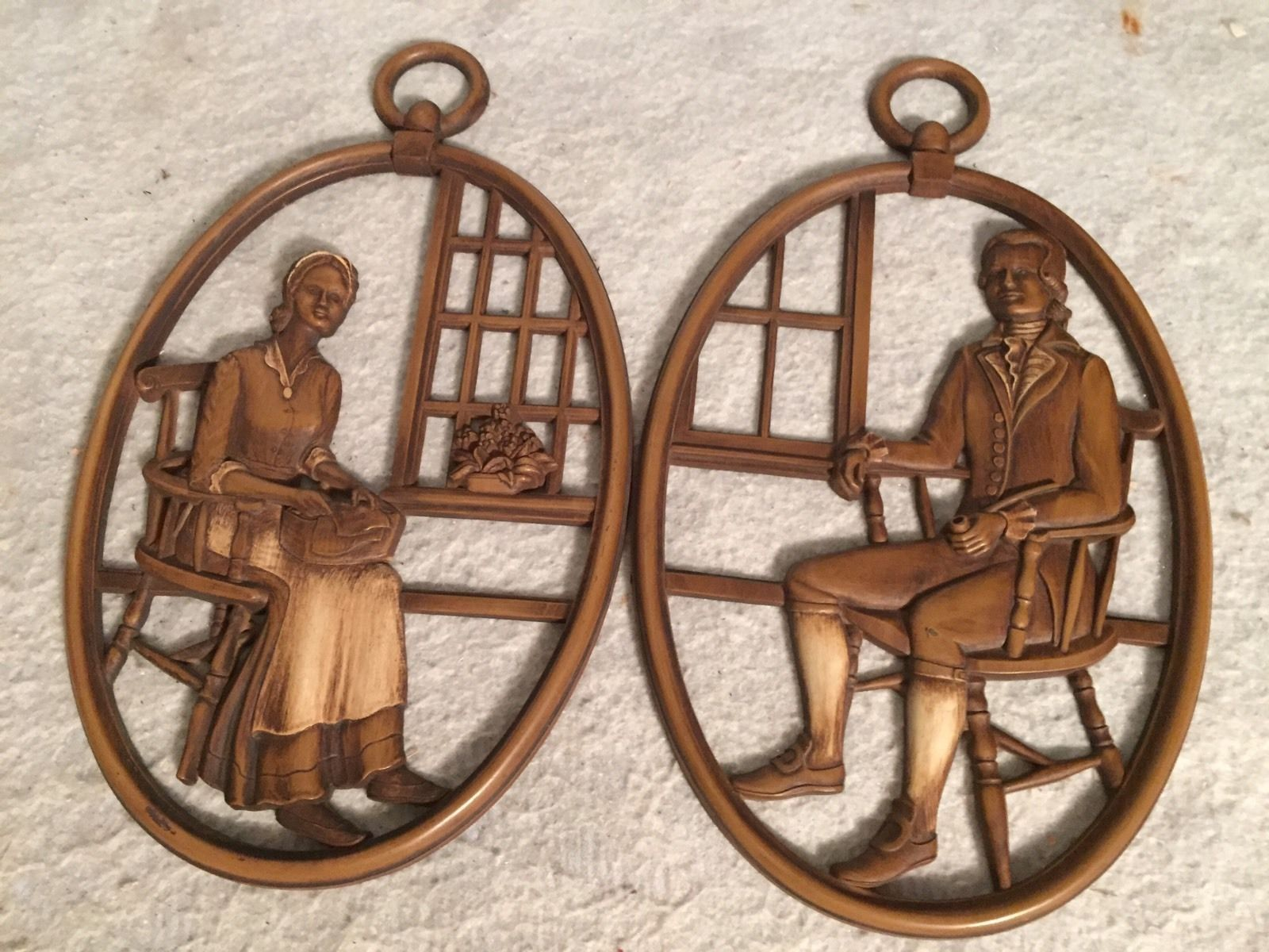 2 Vtg Syroco Wood Wall Hanging Plaques Man Woman Syracuse Ornamental Co USA.