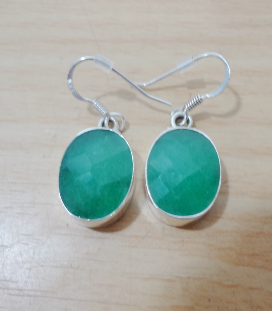 Chalcedony Apple Green Sterling Silver Faceted Oval Pierced Dangle Earrings NEW