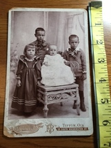 Cabinet Card Four Young Siblings One Shocked Baby in Chair Studio Art 18... - $10.00