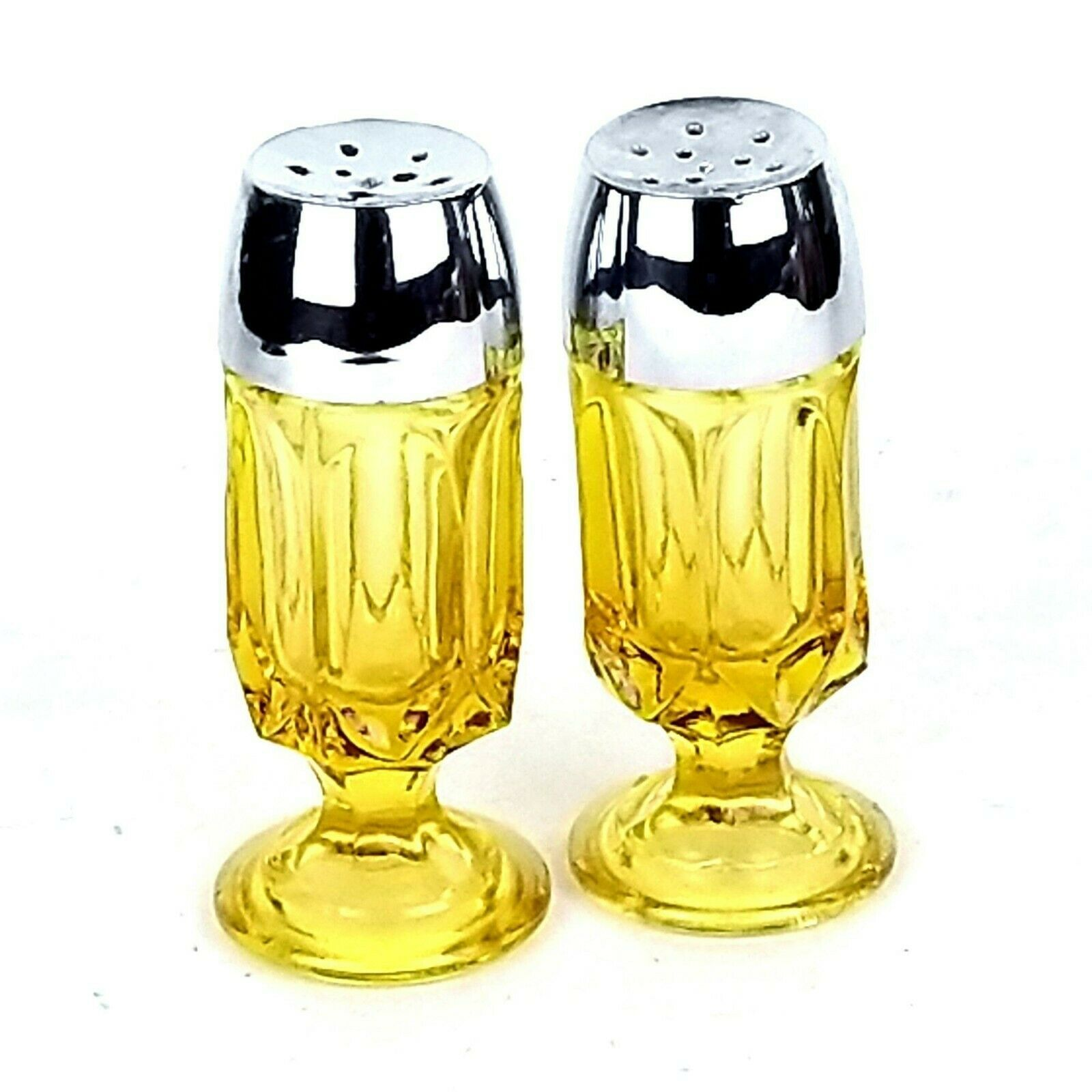 Primary image for ANCHOR HOCKING Fairfield VTG 70s Amber Gold Glass Footed Salt & Pepper Shakers