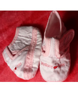 "Girl's Size 0 Newborn White/ Pink ""I Love Mommy"" Heart Desinged Crib Shoes - $9.00"