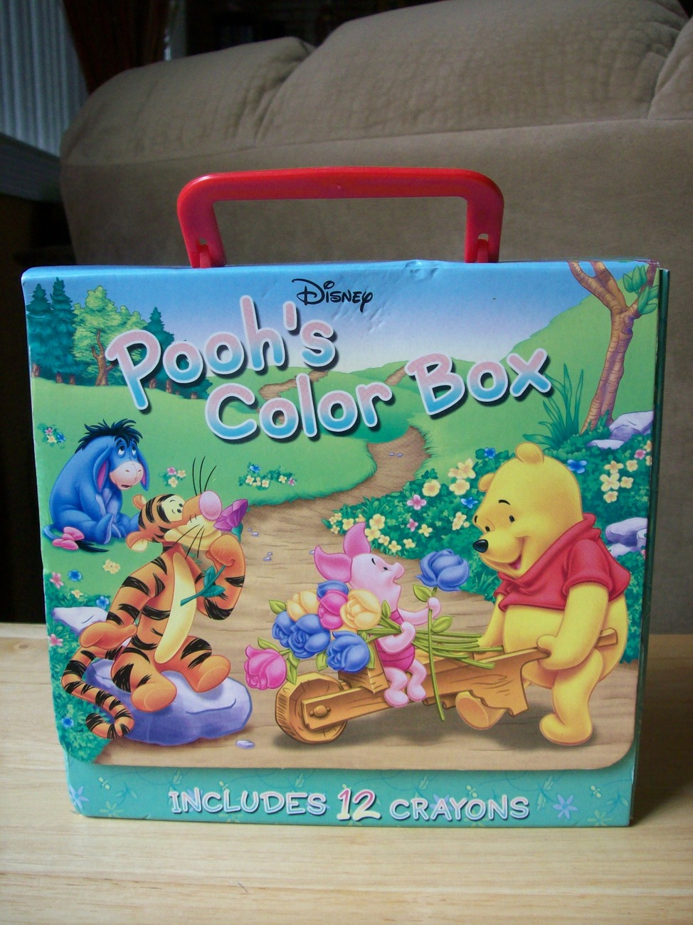 Primary image for 2004 Disney Pooh's Color Box with Crayons