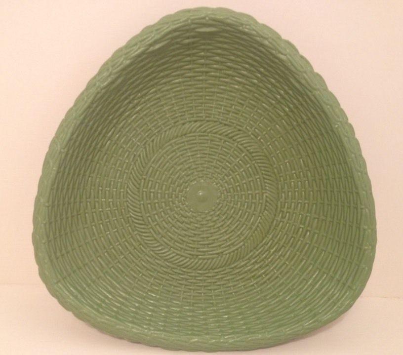 "Vintage Retro 10"" Regaline Green Basket Weave Serving Bowl Dish THICK PLASTIC"