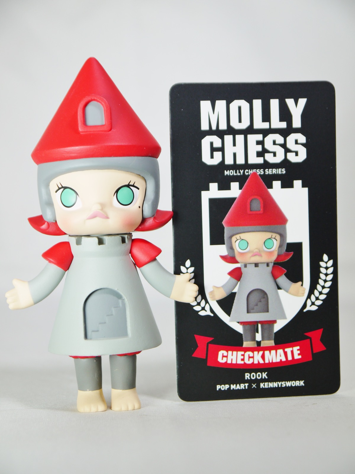 POP MART Kennyswork BLOCK Little Molly Chess Club Chessmate ROOK Grey & Red