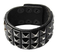 NEW GUESS MEN'S CLASSIC JEWELRY STUDDED CUFF WRISTBAND BRACELET BLACK 102236