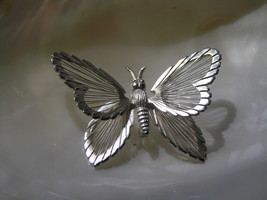 Vintage Monet Signed Marked Dimensional BUTTERFLY w Open Wire Wings Pin ... - $10.39