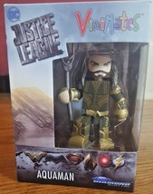 "Vinimates Aquaman Justice League DC Comics 4"" Vinyl Figure Diamond Selec... - $13.99"