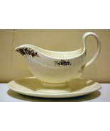 Wedgwood 1997 Conway Gravy Boat With Attached Under Plate - $18.89